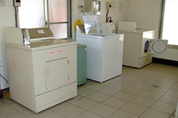 CPI語言學校-免費洗衣服務