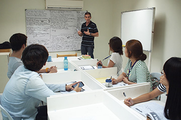 Fella語言學校-一對八教室