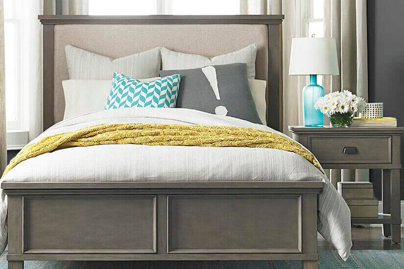 Bucky Contemporary Comfort Bedroom