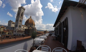⏰ Apericena romantico con vista su Firenze con cocktail per 2 o 4 al View on Art (sconto fino a 55%). Prenota&Vai!