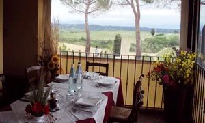 Cena con menu a km 0 di 4 portate a scelta più vino per 2 persone all'Agriturismo Poggio Pistolese (sconto 48%)