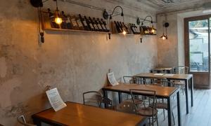 Tagliere toscano di salumi e formaggi con vino per 2 o 4 persone al Tiratardi Bistrot (sconto fino a 65%)