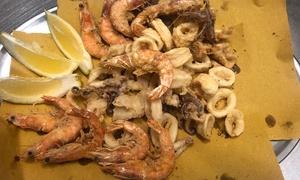 ⏰ Frittura mista di pesce con vino per 2 o 4 persone alla trattoria Capolupi (sconto fino a 61%). Prenota&Vai!