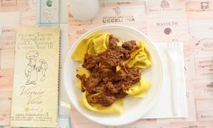 cibo a domicilio, pizza o specialità toscane a scelta con vino da Vienvia Vaia (sconto fino a 56%)