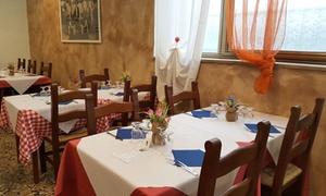 Menu pizza o alla carta di carne o pesce con dolce e calice di vino al Ristorante Pizzeria Da Siro (sconto fino a 59%)