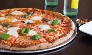 Menu con pizza scelta, dolce e birra Moretti per 2 persone al ristorante Il Magnifico (sconto 52%)