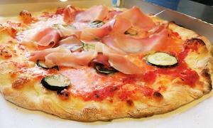 Menu con pizza a scelta, antipasto e dolce per 2 persone a La Cambusa Livornese (sconto 53%)
