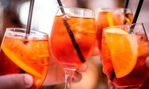 Aperitivo con drink a scelta e shot, per 2 o 4 persone, al Bar 206 (sconto fino a 46%)