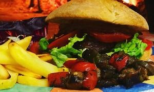 Menu hamburger con dolce e birra per 2 o 4 persone da Fuori Piazza (sconto fino a 68%)