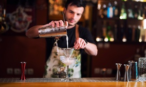 Cocktail a scelta, tagliere con salumi e narghilè per 2 o 4 persone al Tantra Lounge Bar (sconto fino a 62%)