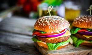 Menu hamburger con antipasto, dolce, vino o birra per 2 o 4 persone al ristorante Fuori Piazza (sconto fino a 68%)