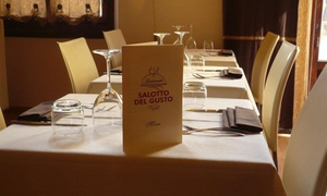 Menu di mare di 3 o 4 portate e calice di vino al ristorante Salotto Del Gusto (sconto fino a 64%)