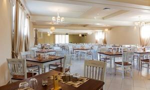 Menu di mare con 6 antipasti, primo, secondo, dolce e calice di vino al ristorante La Vecchia Pieve (sconto fino a 62%)