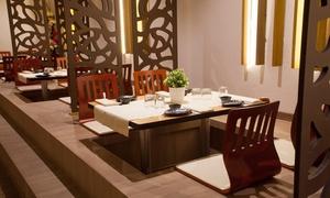 Cena giapponese con barca sushi, gelato e bottiglia di vino per 2 persone da Nagoya Pistoia (sconto fino a 69%)