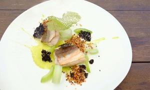 Menu di mare da 3 o 5 portate con dolce e calice di vino per 2 persone al ristorante Olive a Cena (sconto fino a 55%)