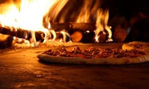 Menu pizza a scelta con dolce e birra media per 2 o 4 persone alla Pizzeria Puppino (sconto fino a 49%)