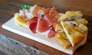 Menu di 2 o 3 portate alla carta con calice di vino per 2 persone al ristorante La Casellina (sconto fino a 54%)