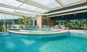 Chianciano Terme: fino a 3 notti con mezza pensione e piscine Theia