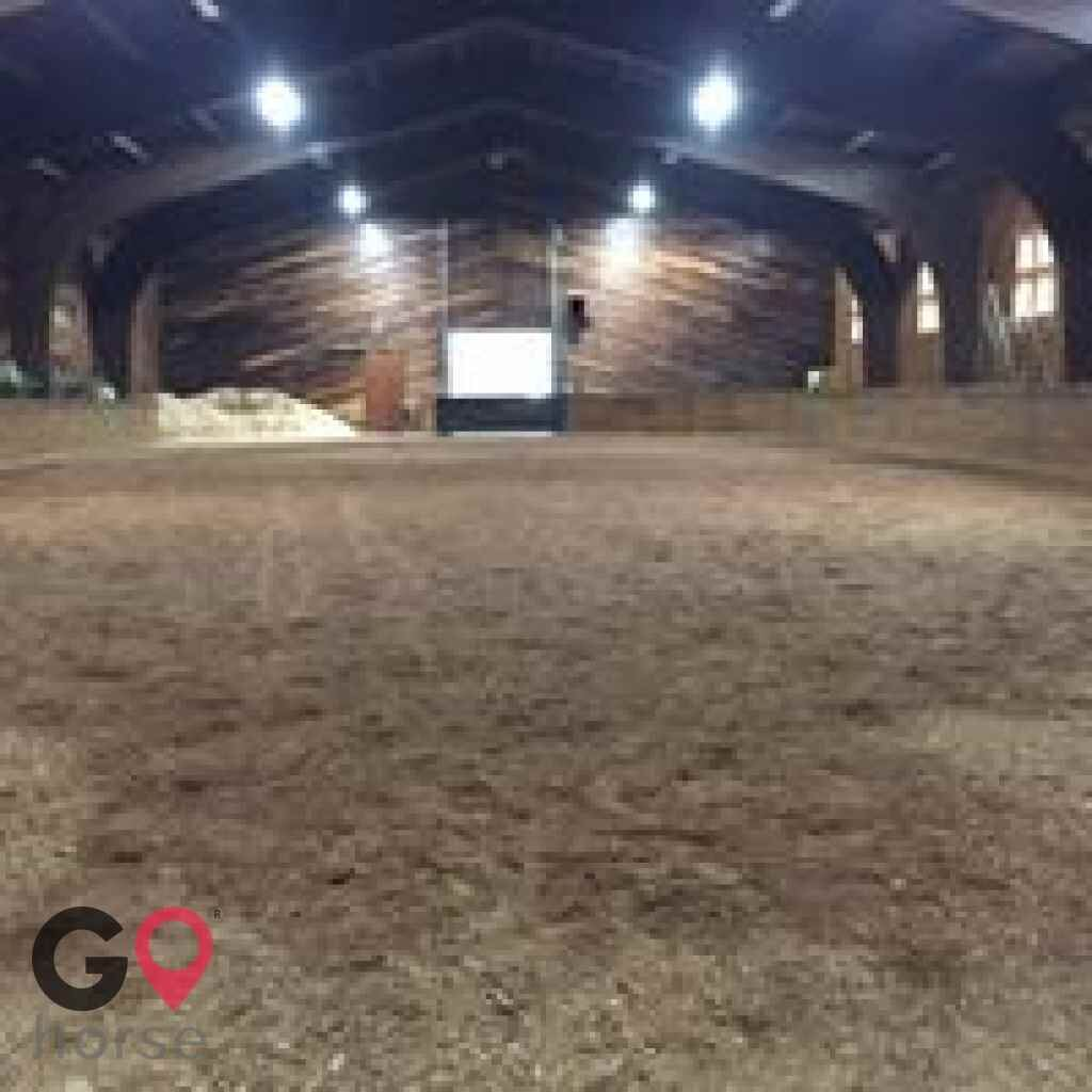 The Stable at Maple Hill Horse stables in Buffalo MN 5