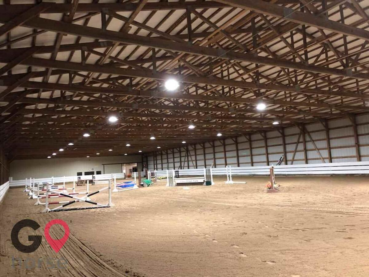 Cross Winds Farm Horse stables in Marengo IL 10