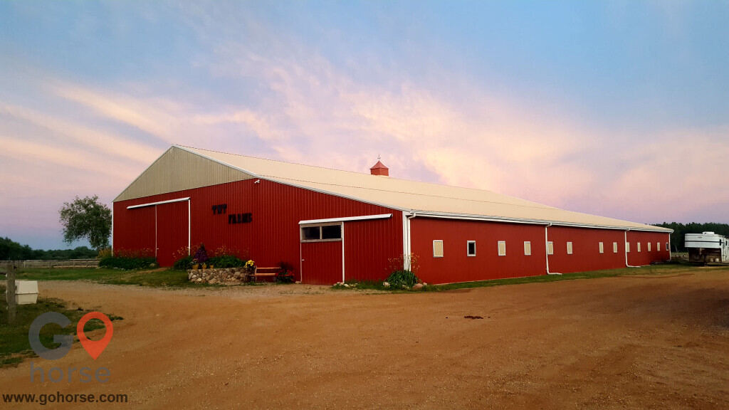 TNT Farms Horse stables in Hickory Corners MI 1