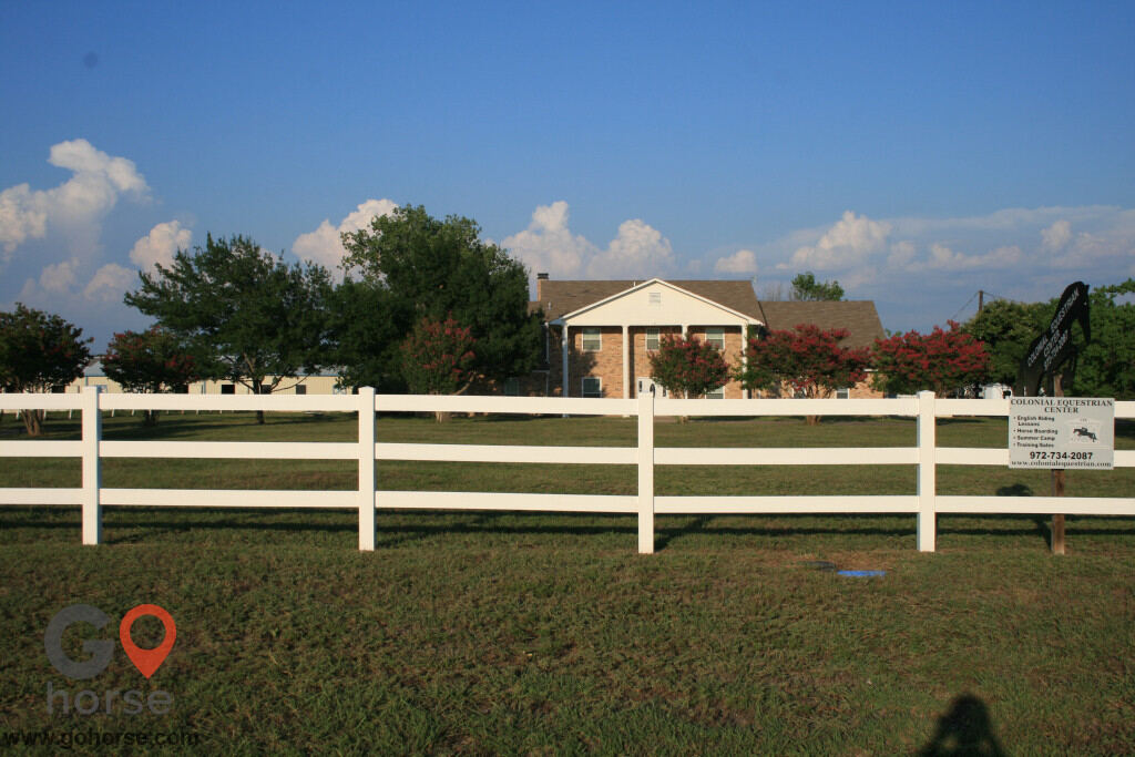 Colonial Equestrian Center Horse stables in Princeton TX 2