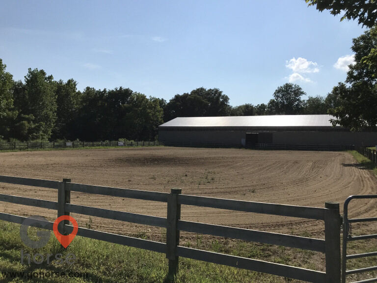 Double G Ranch Horse stables in North Salem IN 7