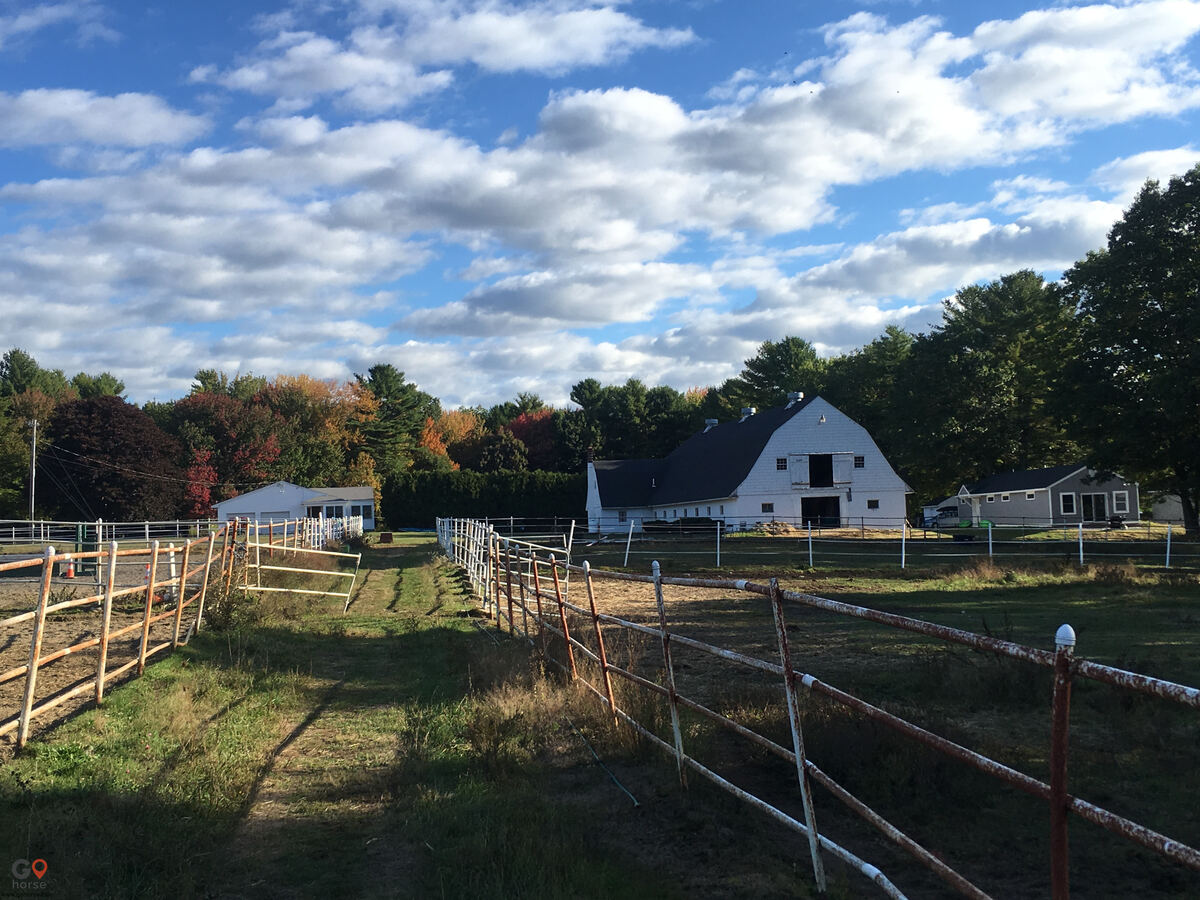 Hideaway Acres Horse stables in Cumberland ME 6