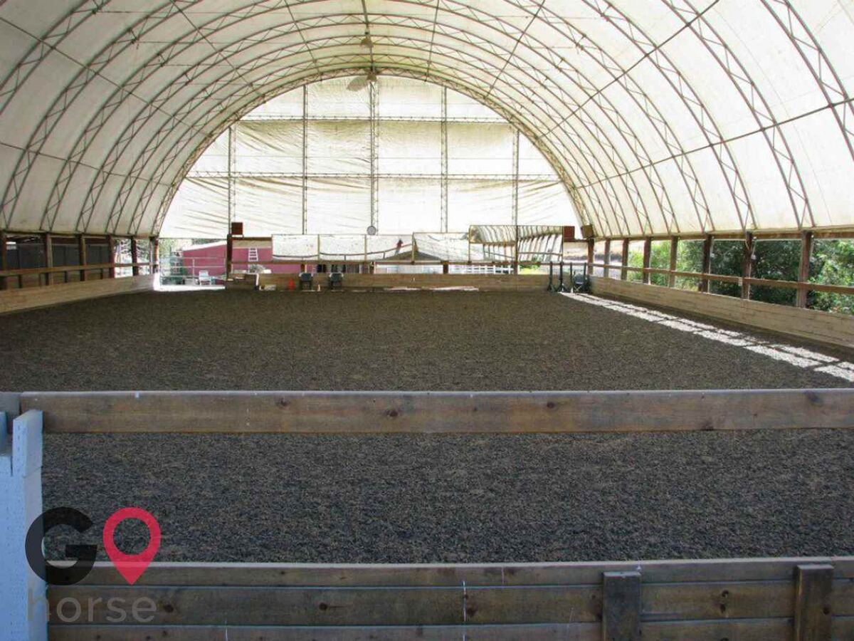 Meandering Creek Equestrian Center Horse stables in Livermore CA 2