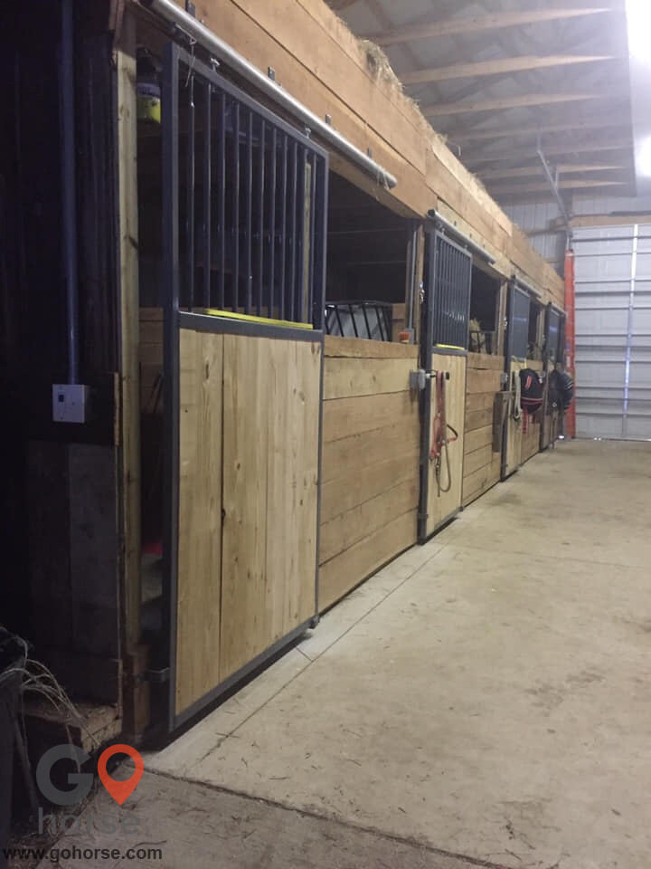 Fallen Oaks Farm and Stables, LLC Horse stables in Osceola IN 7