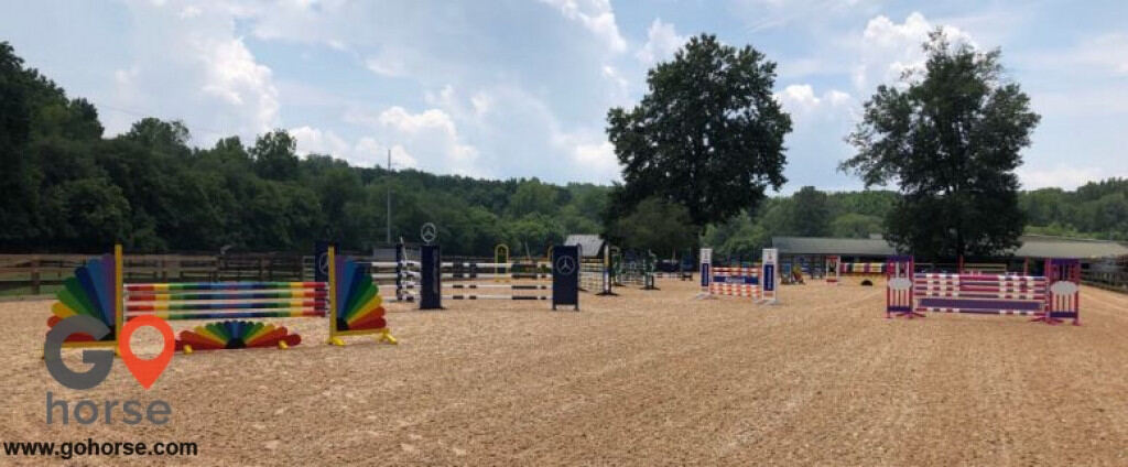 Hunters Glen Equestrian Center Horse stables in Alpharetta GA 1
