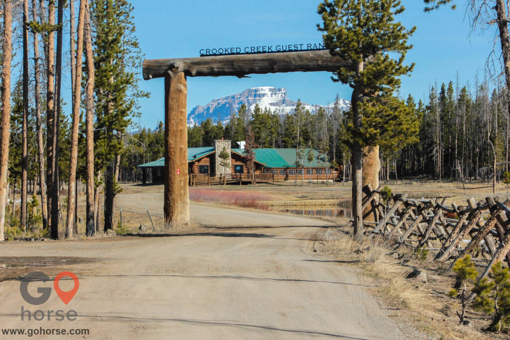 crooked creek guest ranch Horse stables in Dubois WY 1