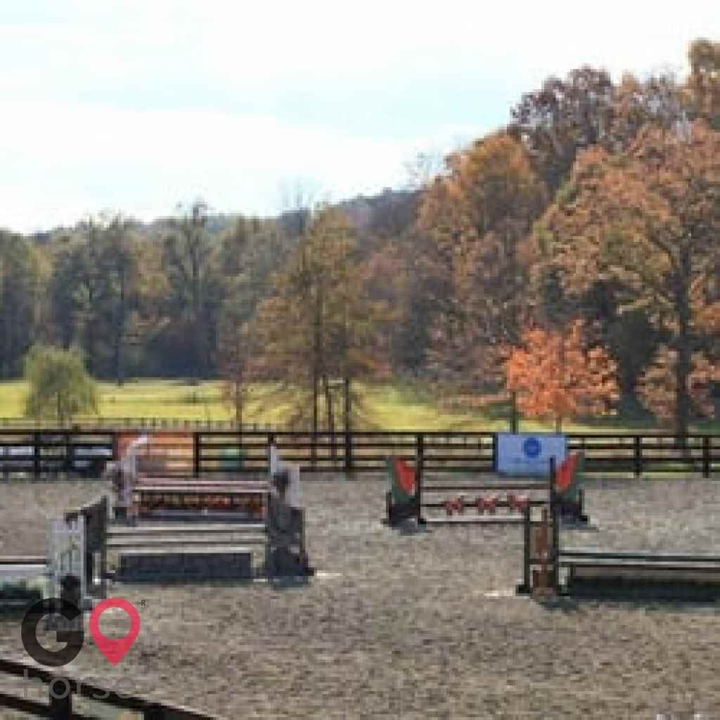 Old Field Farm Horse stables in Goshen NY 15