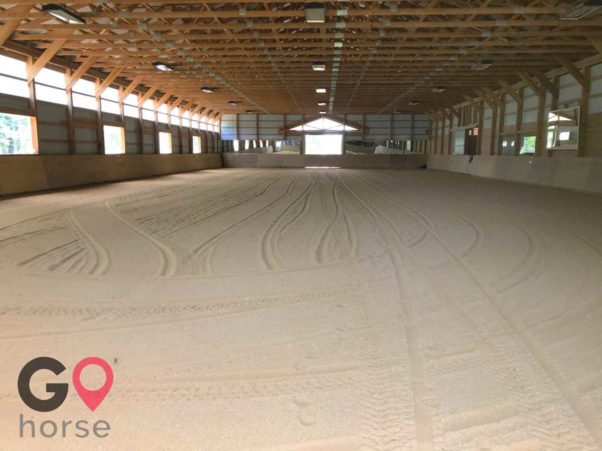 Pillars Equestrian Center Horse stables in Waldorf MD 9