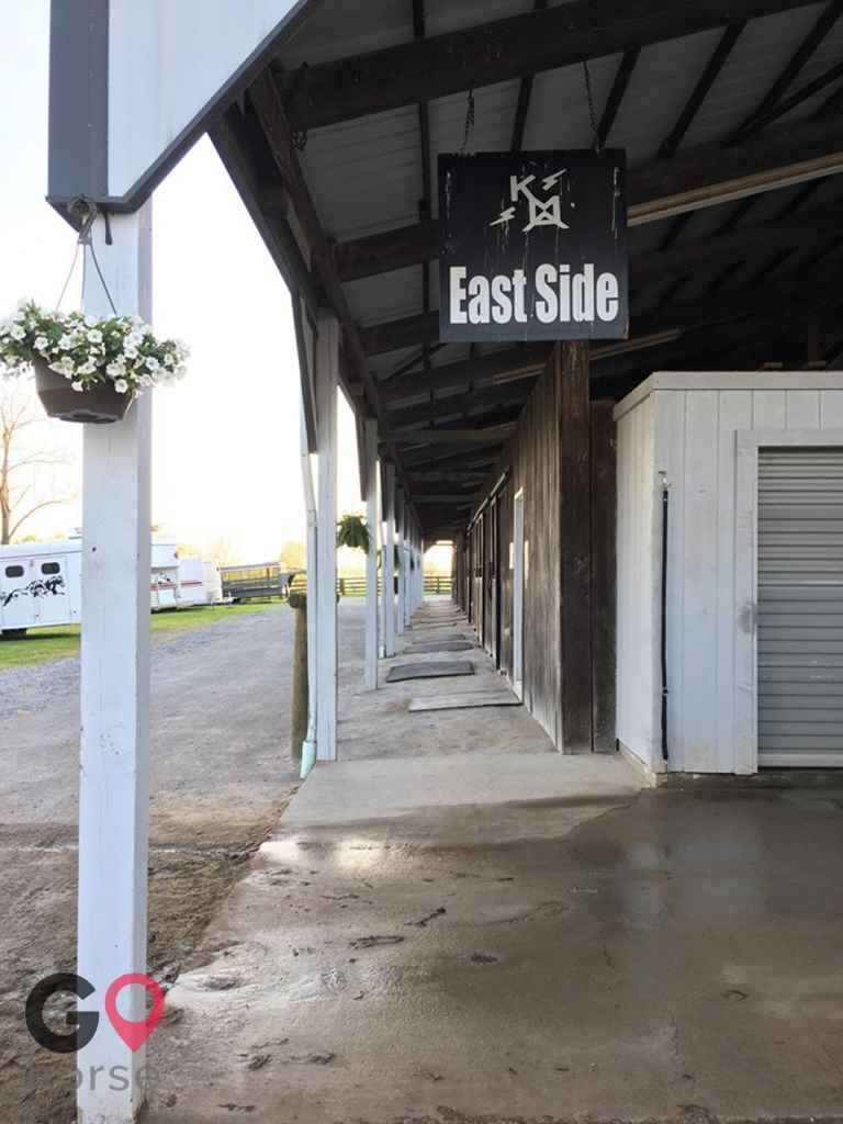The Flying A Arena Horse stables in Wilmore KY 5