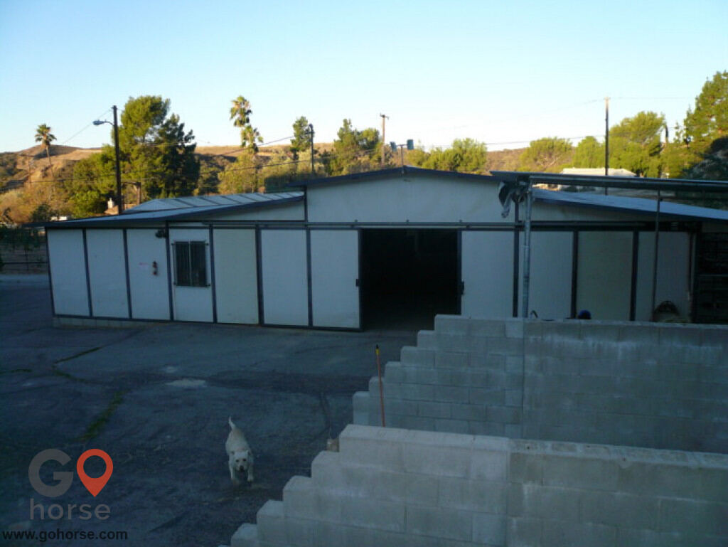 Goldspirit Farm Horse stables in Sylmar CA 4