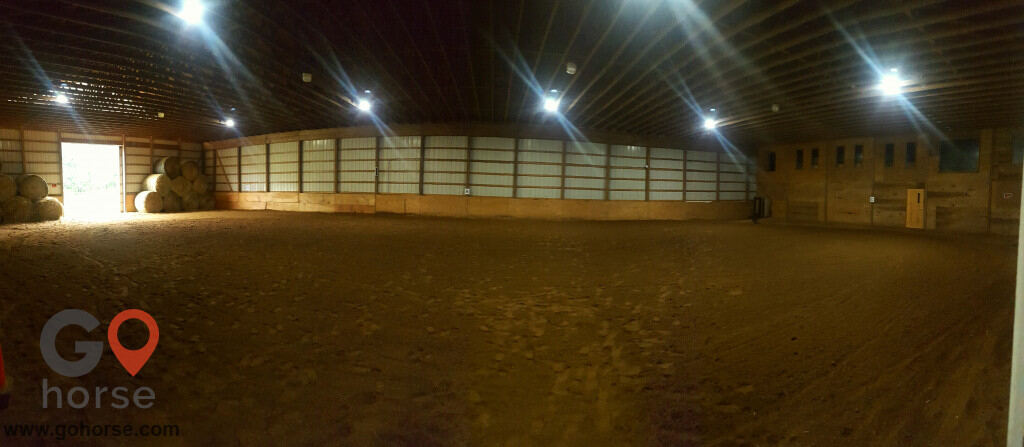TNT Farms Horse stables in Hickory Corners MI 4