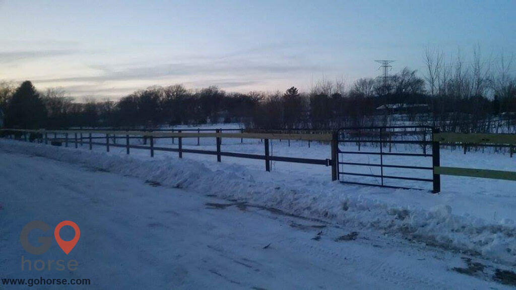 Bliss Farm Horse stables in Lockport IL 2