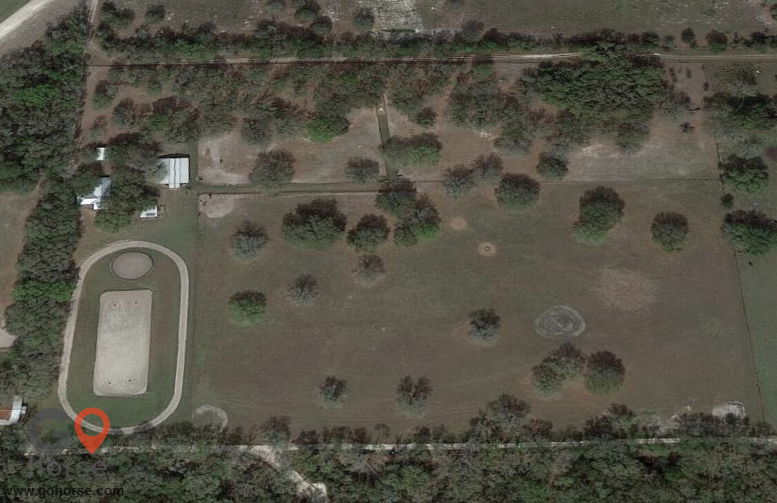 Old Wire Stables Horse stables in Fort White FL 17