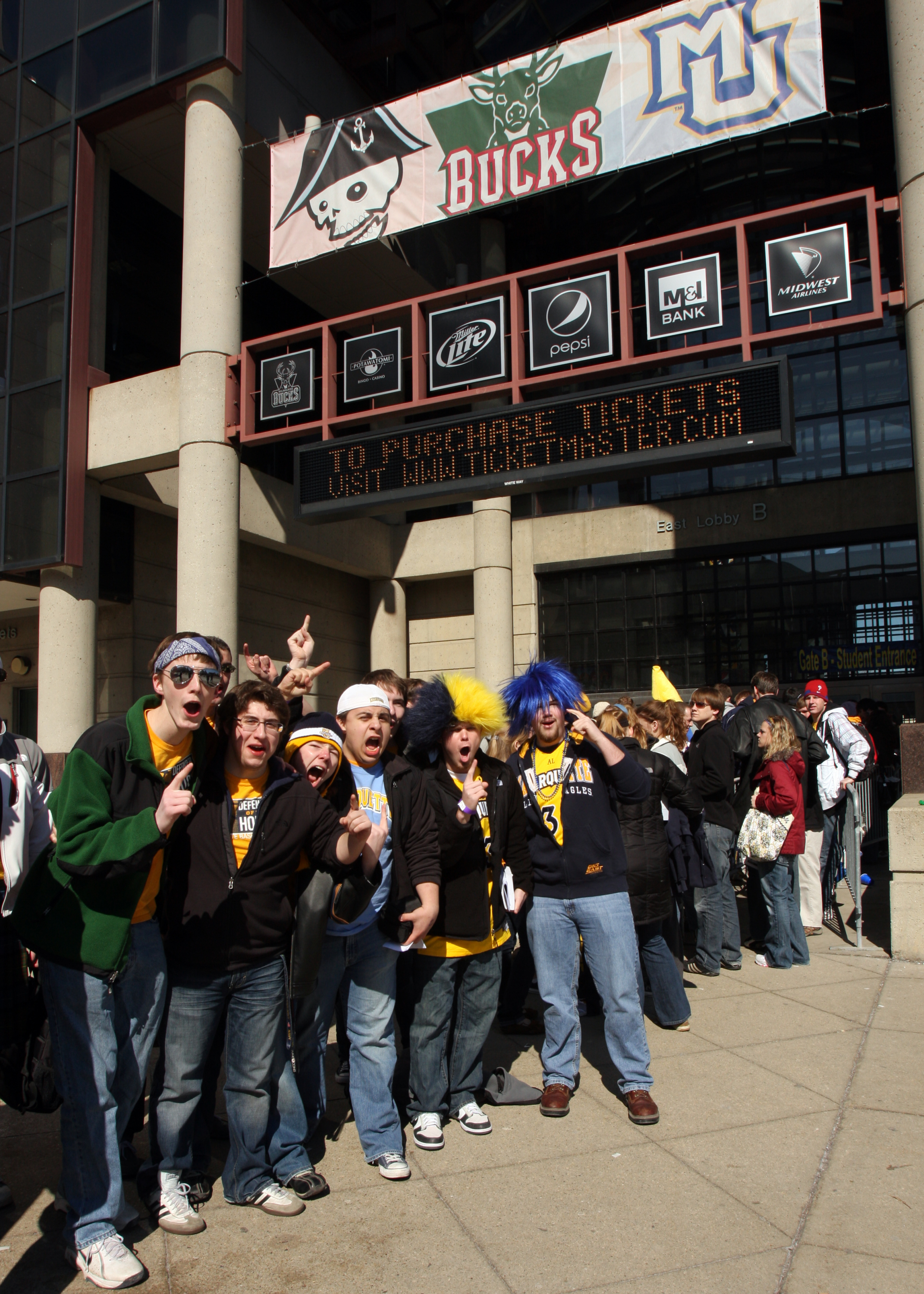 Marquette students play a key role in fan support at the Bradley Center.