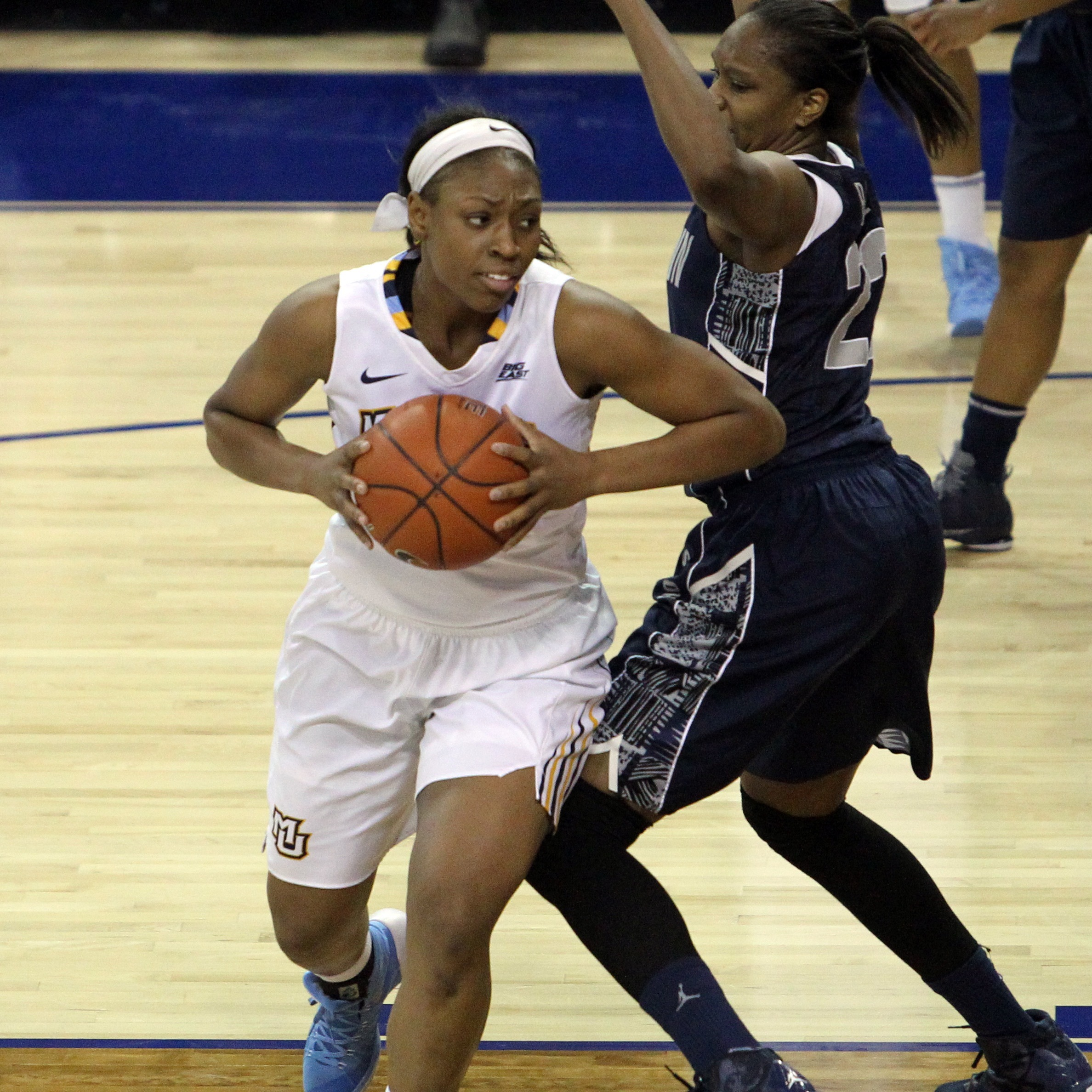 Erika Davenport is pulling down 6.6 rebounds per game
