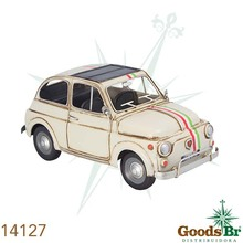 _CARRO FIAT 500 BRANCO EM METAL OLDWAY 17x33x17cm