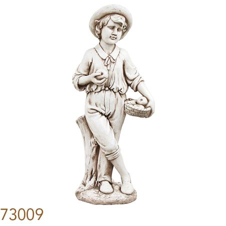 estatua menino cesto macas97x31x41cm