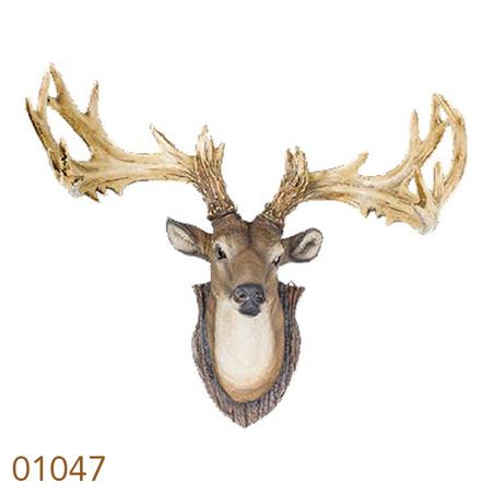 cabeca de cervo com galhada 33x47x25cm