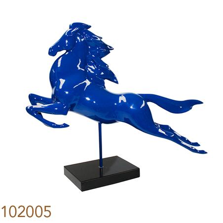 escultura cavalo em salto azul  72x64x20cm