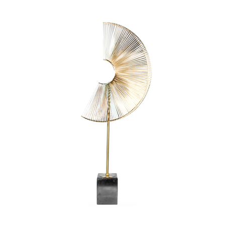 escultura leque metal douradogrande 65x34x34cm