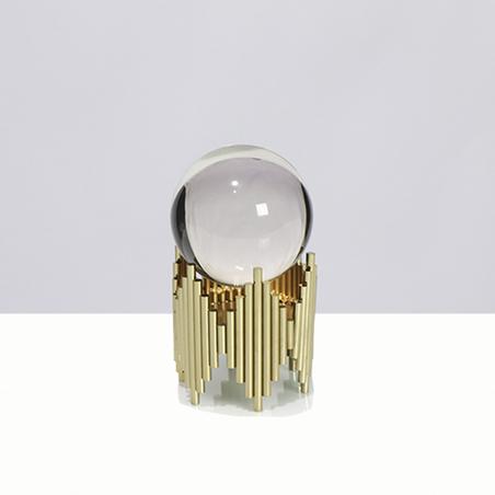 escultura bola cristal metal dourado pequeno 18x10x10cm