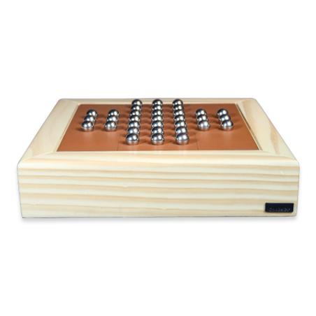 Jogo Resta Um em madeira NaturAL RECOURO CARAMELO 32x32x8,5