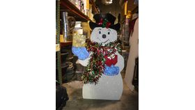 Image of a 5' Tall White Snowman