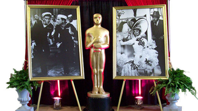 oscars statue hollywood theme party